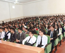 Dialogue of UzLiDeP deputy with the youth of Syrdarya