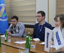 UzLiDeP hosts a meeting with foreign observers